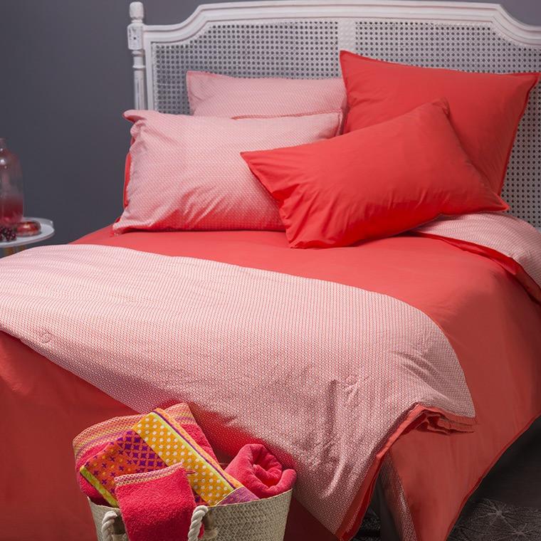 parure de lit curacao corail parures de lit fantaisie carre blanc. Black Bedroom Furniture Sets. Home Design Ideas