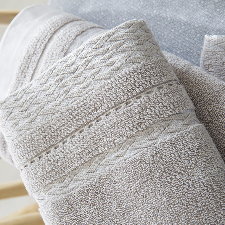drap de bain alma lin carre blanc. Black Bedroom Furniture Sets. Home Design Ideas