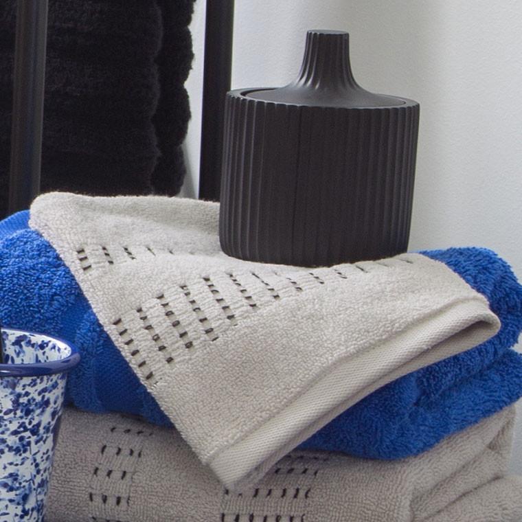 Gant de toilette bouclette de coton tissage jacquard Kuro mastic  - 3