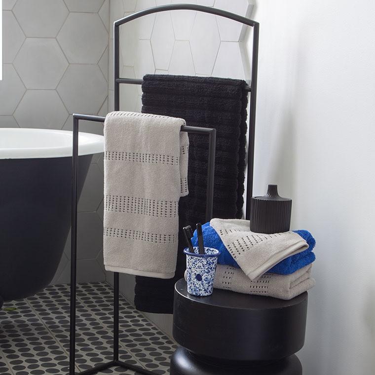 Gant de toilette bouclette de coton tissage jacquard Kuro mastic  - 4