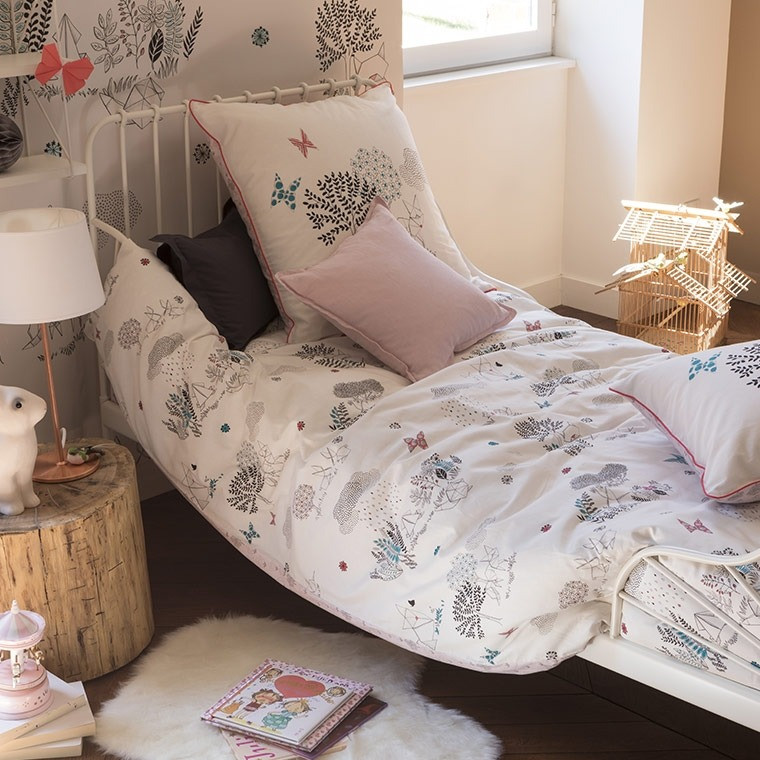 housse de couette louise carre blanc. Black Bedroom Furniture Sets. Home Design Ideas