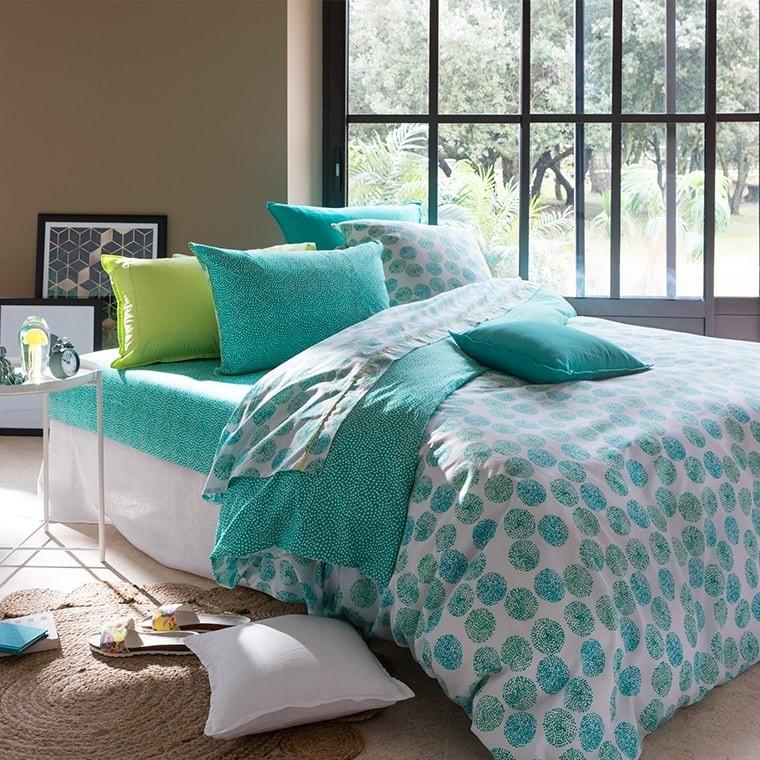 housse de couette margaux carre blanc. Black Bedroom Furniture Sets. Home Design Ideas