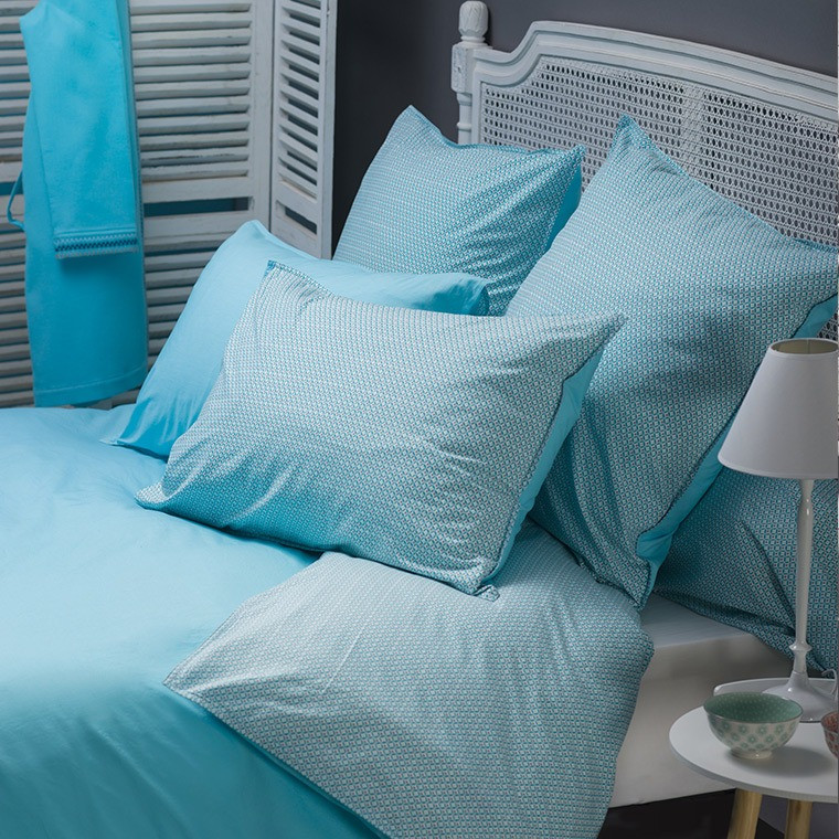 taie d 39 oreiller curacao turquoise carre blanc. Black Bedroom Furniture Sets. Home Design Ideas