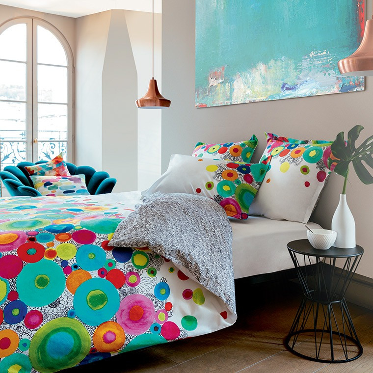 housse de couette imprim e fantaisie pois multicolores et. Black Bedroom Furniture Sets. Home Design Ideas