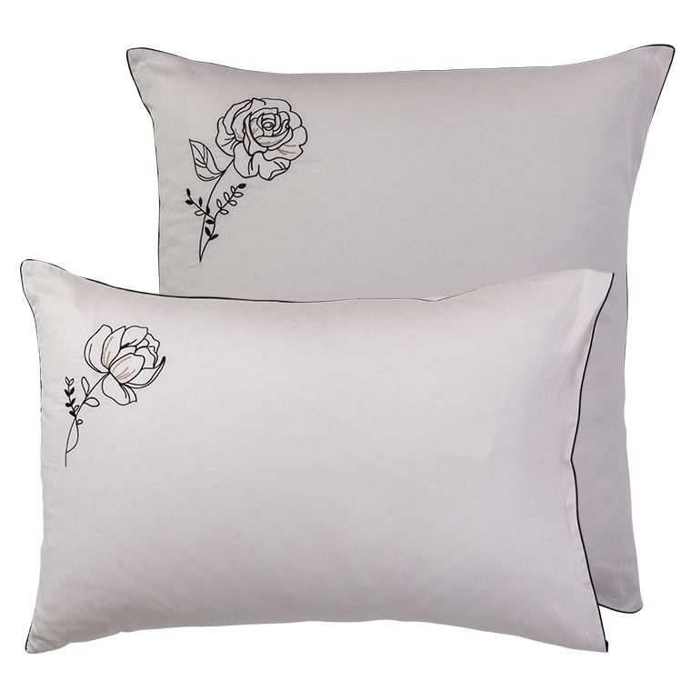 Taie d'oreiller carrée satin de coton brodée floral Promesse nude  - 8