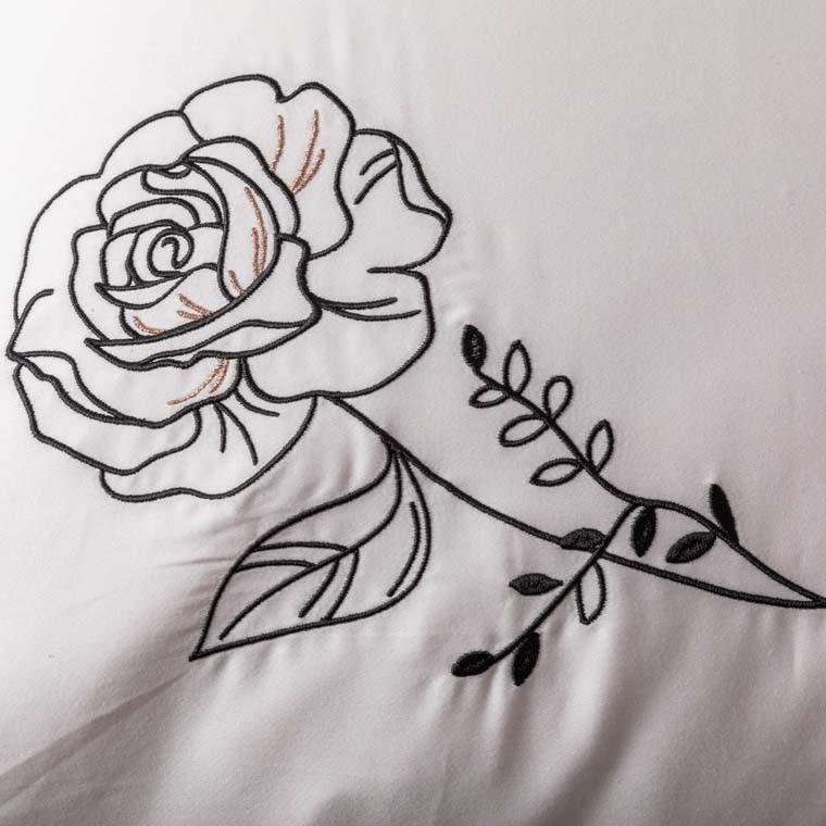 Taie d'oreiller carrée satin de coton brodée floral Promesse nude  - 10