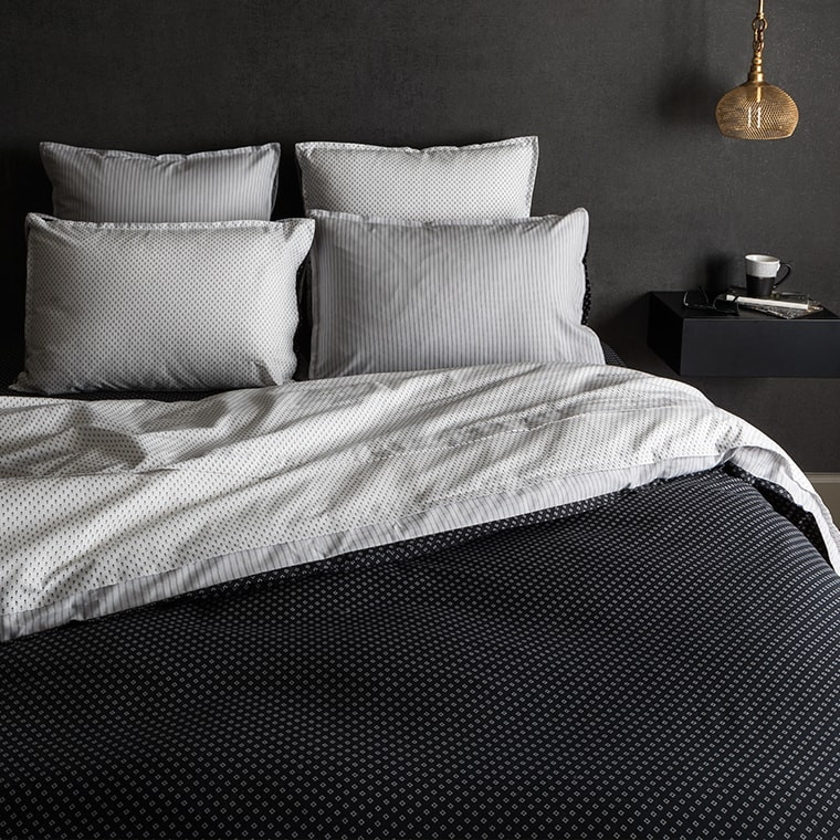 drap de lit anton carre blanc. Black Bedroom Furniture Sets. Home Design Ideas