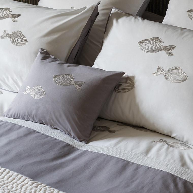 parure de lit bellagio parures de lit fantaisie carre. Black Bedroom Furniture Sets. Home Design Ideas