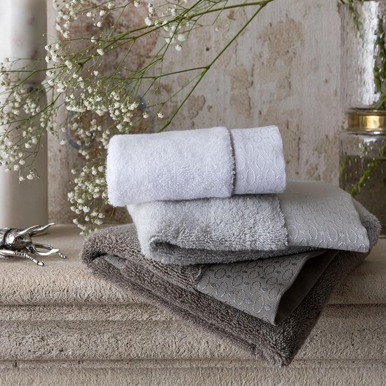 parure de bain maestro parures de bain unies carre blanc. Black Bedroom Furniture Sets. Home Design Ideas