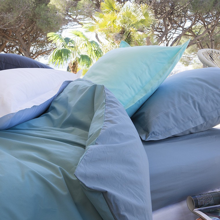 parure de lit mezzo parures de lit unies carre blanc. Black Bedroom Furniture Sets. Home Design Ideas