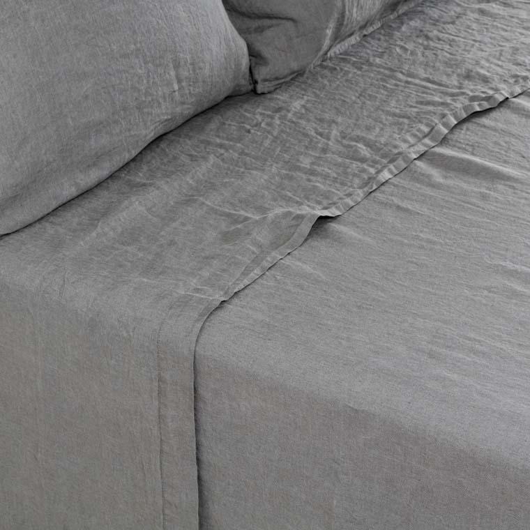 Drap de lit en lin lavé Songe kaki cendré