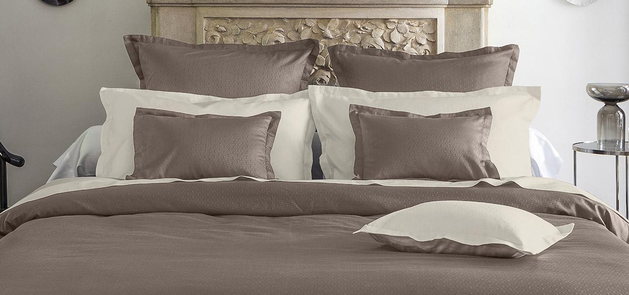 Parure de lit en satin de coton Maestro Taupe