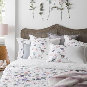 housse de couette et parure carr blanc. Black Bedroom Furniture Sets. Home Design Ideas