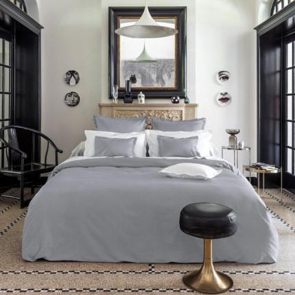 Parure de lit en satin de coton Maestro gris